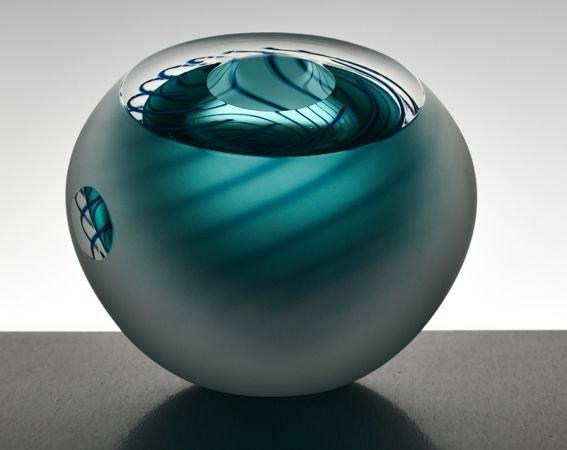 Image 2 of Dizzy Spiral Bowl Original (Large)