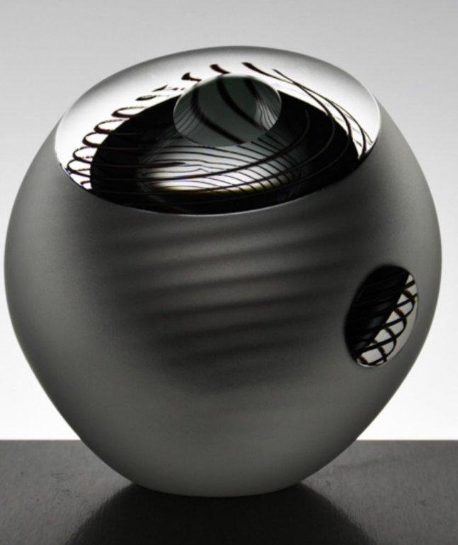 Image 3 of Dizzy Spiral Bowl Original (Small)